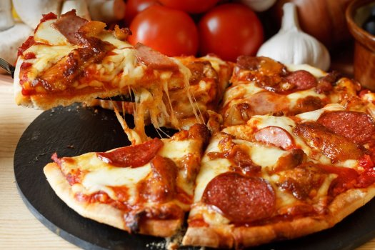 Pizza Franchise in Fast Growing Area For Sale