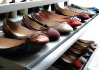 Profitable & Est. Fashion Shoe Store in Aventura for 27 Yrs.