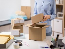 Franchised Packing & Shipping Store in Growing Community