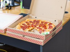 Pizza Shop Carry Out & Delivery-Summit County OH