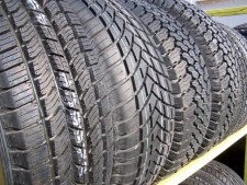 Long Standing Tire Shop -- Busy Highway Front Location