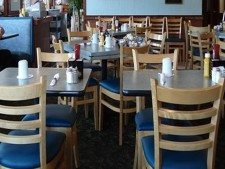 Causal Restaurant for Sale/Lease - Great Location