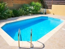 Highly Profitable Pool Maintenance and Service Business