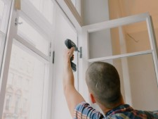 Residential and Commercial Glass Installation and Replacement